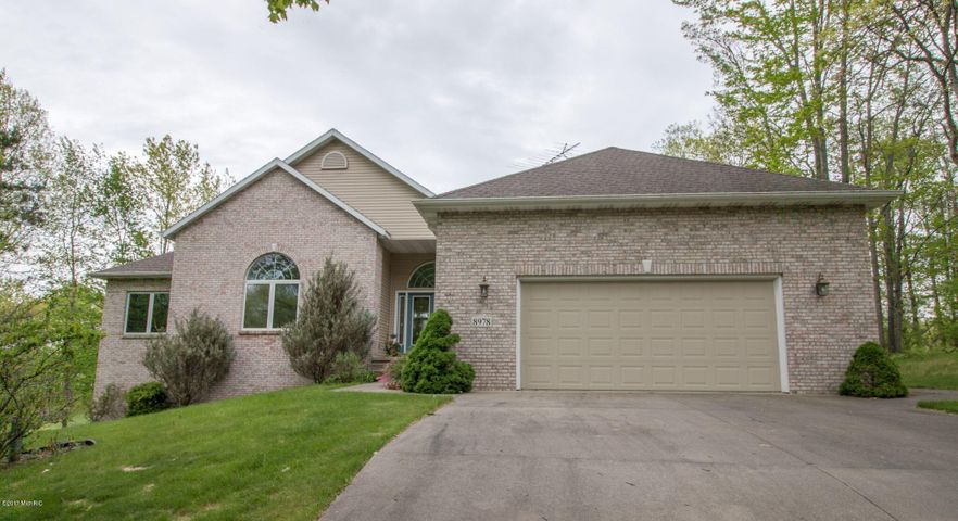 8978 Rambling Way, Canadian Lakes, MI 49346