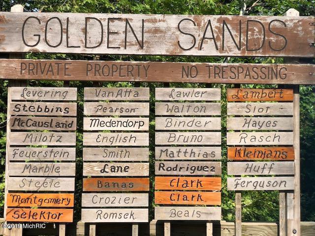 649 N Golden Sands Drive, Mears, MI 49436