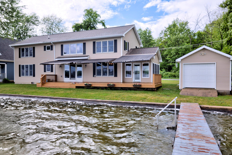 10769 Gun Lake Road, Middleville, MI 49333