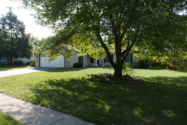 8310 Valleywood Lane, Portage, MI 49024