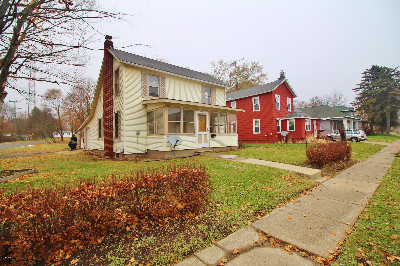 309 River Street, Buchanan, MI 49107