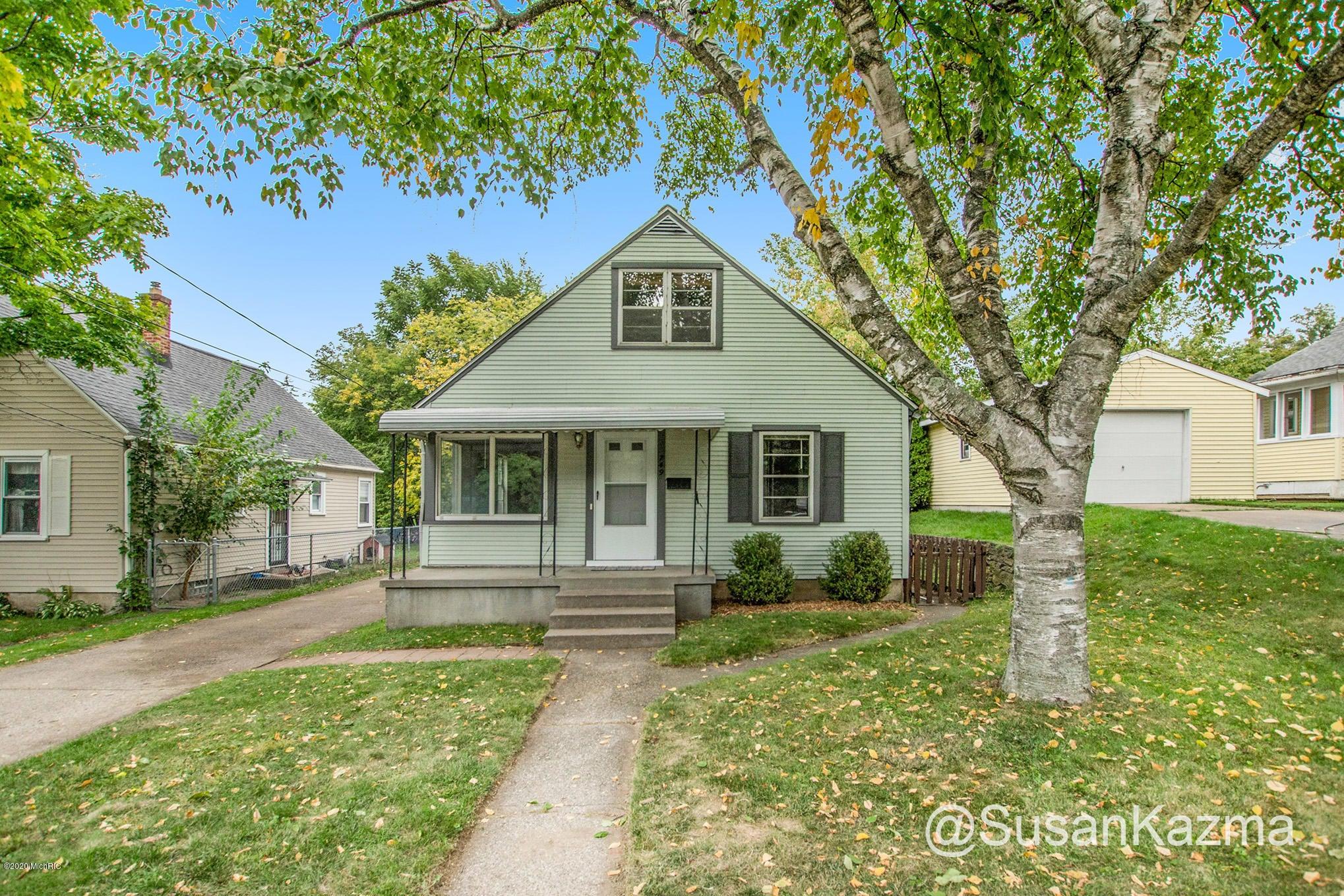749 Lydia Street NE, Grand Rapids, MI 49503