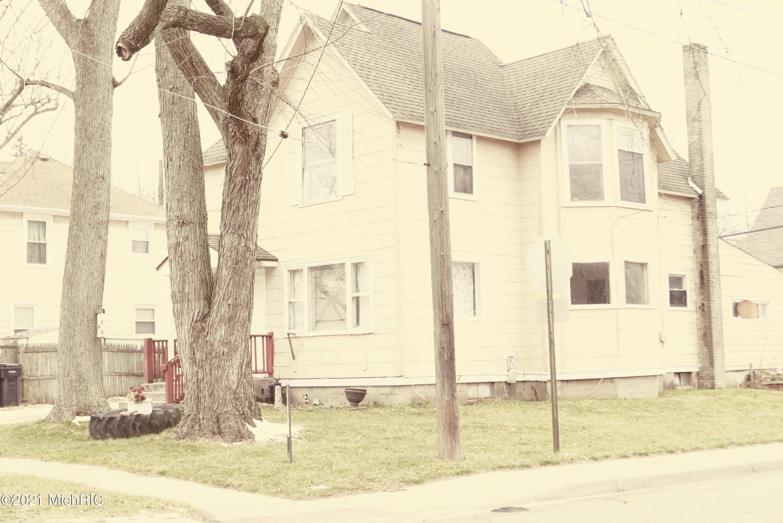 919 Bryant Street, Kalamazoo, MI 49001