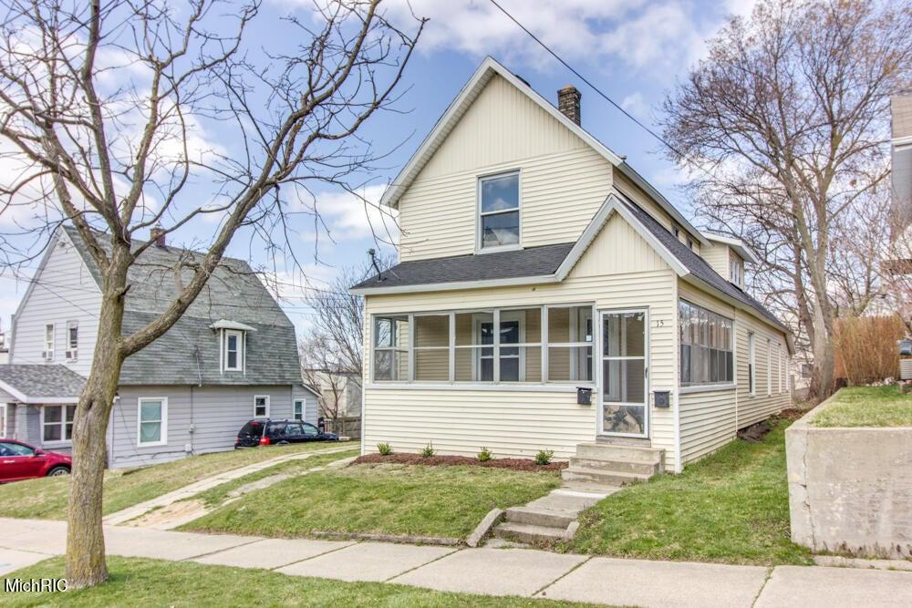 15 Dale Street NW, Grand Rapids, MI 49505