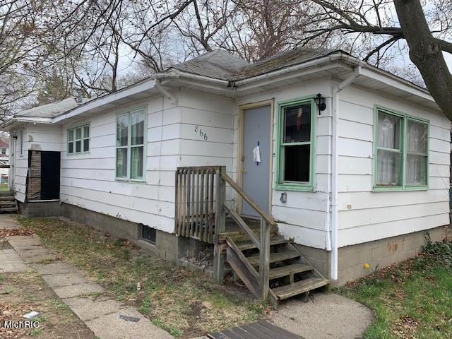 866 E Forest Avenue, Muskegon, MI 49442