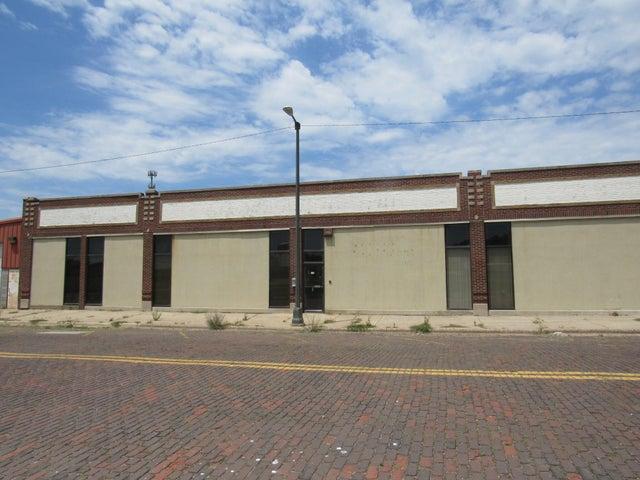 155 W Wall Street, Benton Harbor, MI 49022