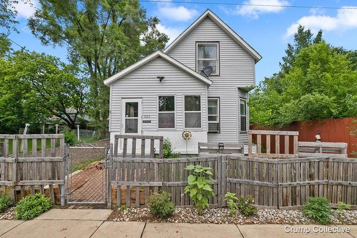 1125 Bemis Street SE, Grand Rapids, MI 49506