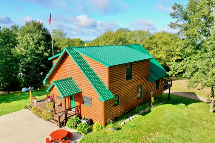 9236 E Old M-63, Luther, MI 49656