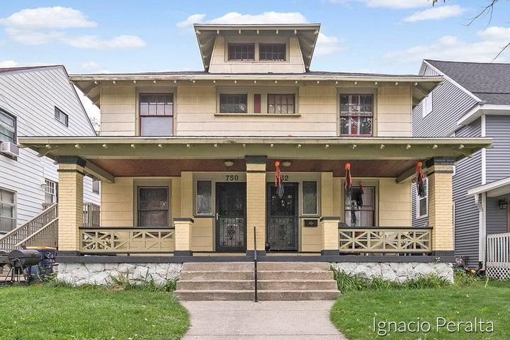 750 College Avenue SE, 750&752, Grand Rapids, MI 49503