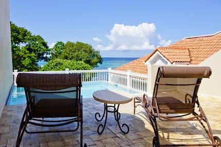 Rooftop patio and Pool, Lawson Rock, 2 Bedroom, Roatan,