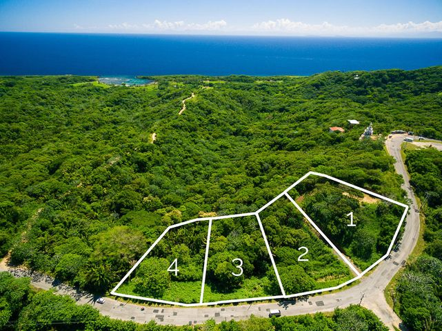 West Bay Road, Difficulty Hill, Lot 3, Roatan,