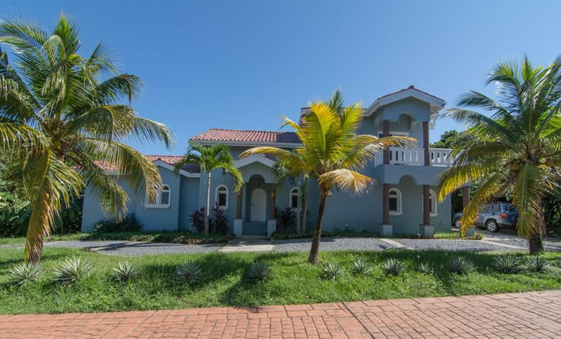 Beautiful Home in a Nice Spot, The Perfect Fit, Roatan,