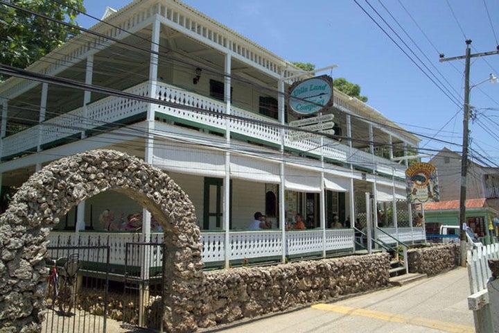 - Main Street - Town Center, The Island House, Utila,