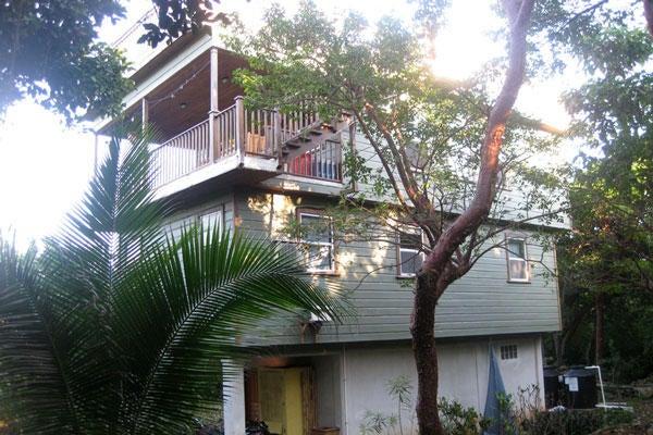 - Swanix Ridge, Gumbo Limbo House, 0.57 Acre, Utila,