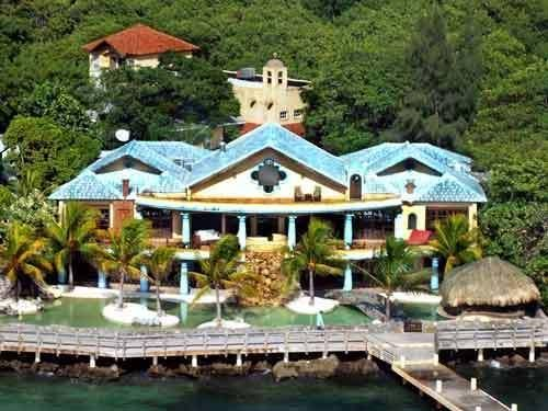Luxury Ocean Front B&B Estate, Caribe Tesoro, Roatan,