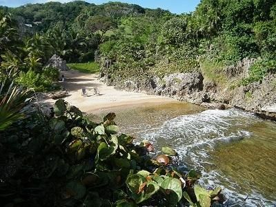 Oceanfront and Beach, West Bay, 1.12 Acres, Private Keyhole, Roatan,