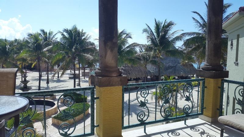 Parrot Tree Condo Resort, Condo # 4, Bldg 3, Roatan,