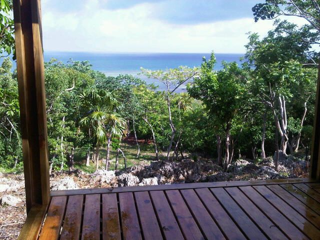 St. Helene Beach, 4 Acres, 70 Ft. Dock, 1 Bed 1 Bath Cottage, 200 Ft., Roatan,