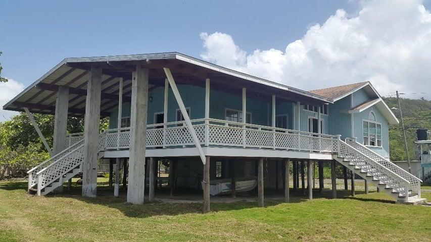 Oceanfront, Jonesville Point, 3 Bed 2 Bath Home, Roatan,