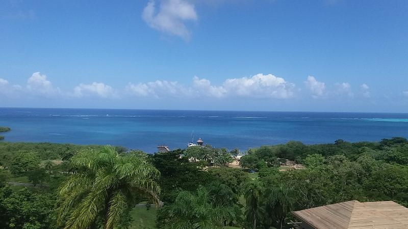 Lot # 53, Coral View Village, Roatan,
