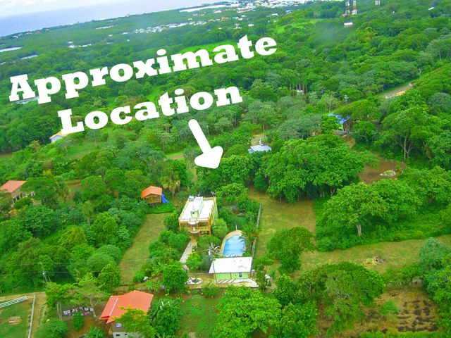 Just off Rocky Hill Airport Rd, Great value, two home sites, Utila,