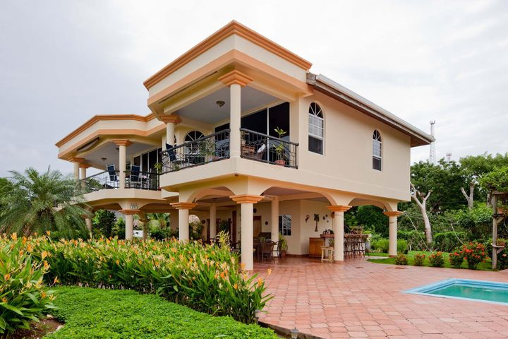 Degree Views, Hilltop Home with 280, Roatan,