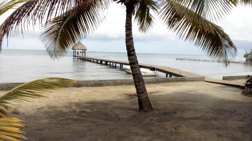 280 feet of Beach !!, Big Bight 2 Homes Beach Front, Roatan,