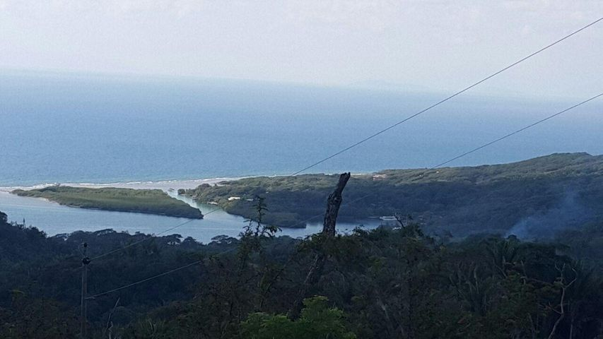 Spectacular Views!, Roatan,
