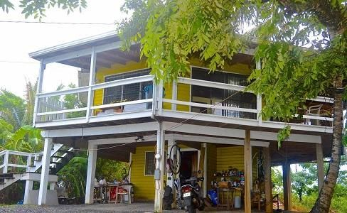 fixer upper in West Bay area, Possibly one of the best, Roatan,