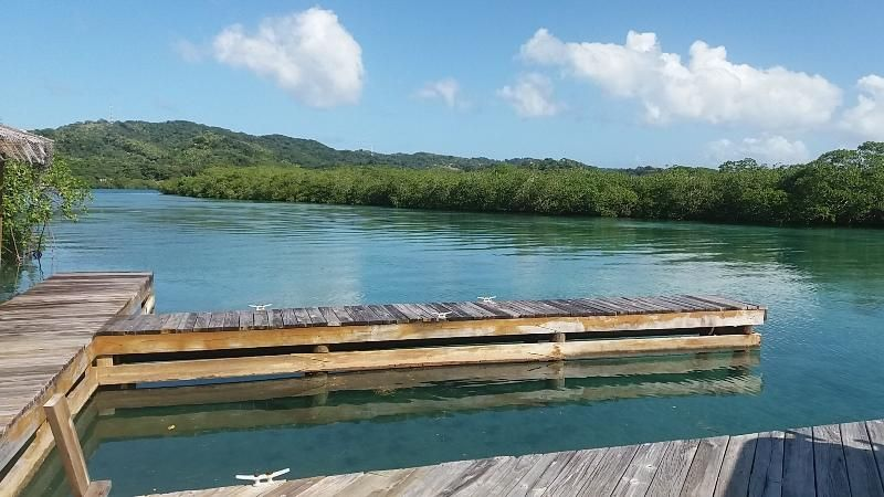 0.51 Acres with a Boat Slip, 3 Bed 3 Bath Ocean View Home, Roatan,