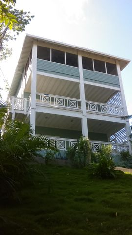 900 yards from WB beach!, First time on the market!, Roatan,