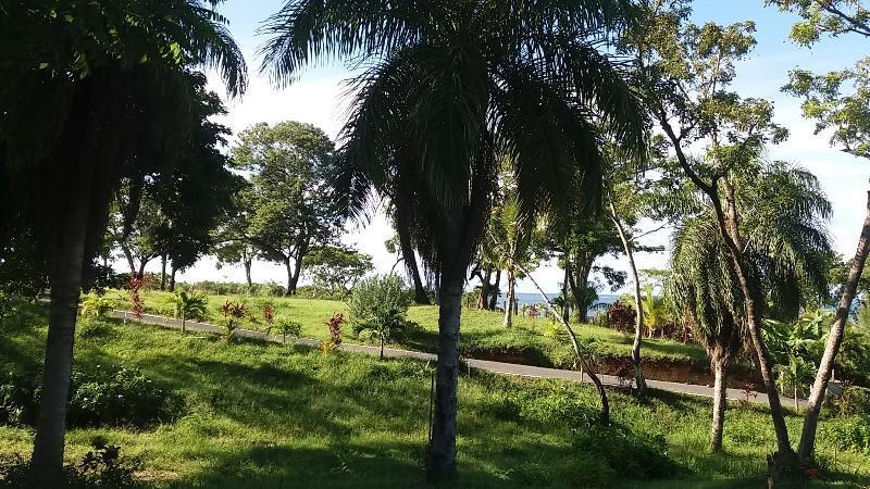 Coral View Village, Lot 21, Partial Ocean View, Roatan,