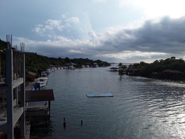 Boat and Boat dock!!, Sandy Bay Home with rental, Roatan,