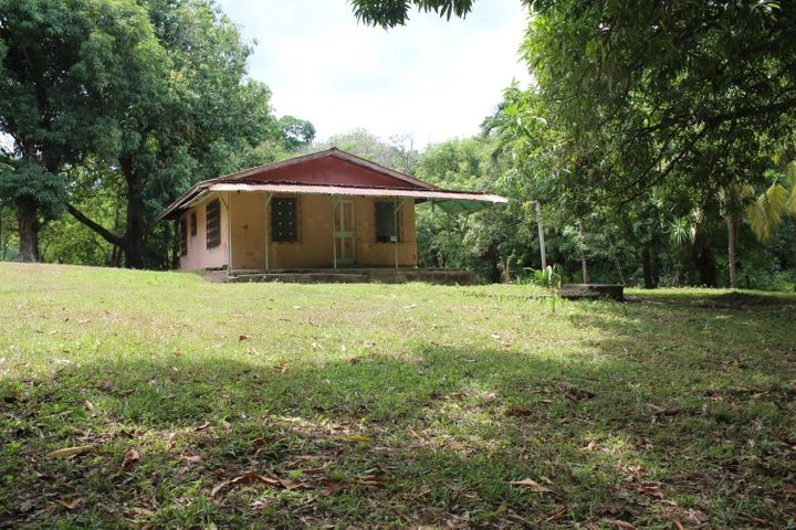 Estate Site with Building, Beautiful, Roatan,
