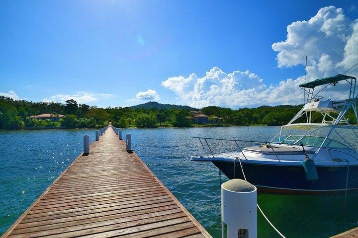 Blue Harbour, Beach Front Lot No.20, Roatan,