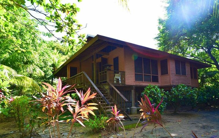 Duplex A8W Palmetto Bay, Roatan,