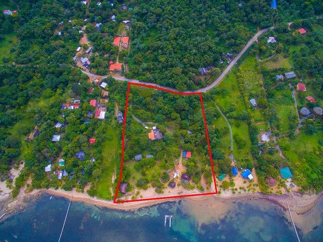 Calle Principal Sandy Bay, Bay Islands Beach Resort, Roatan,