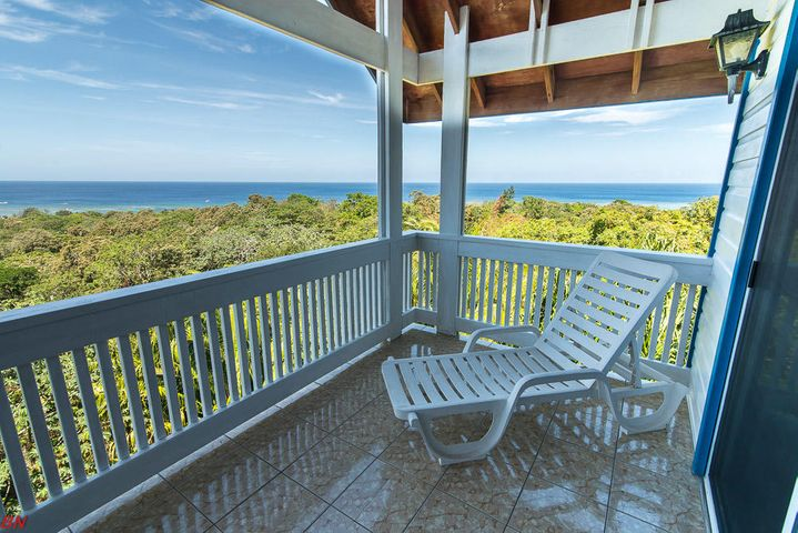 3 Bed, 3 Bath Awesome Views!!, Sandy Bay Hill Top Home!!, Roatan,