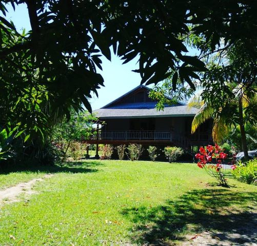 B-7 Palmetto Bay, 3 Bed 2 Bath Home, Roatan,