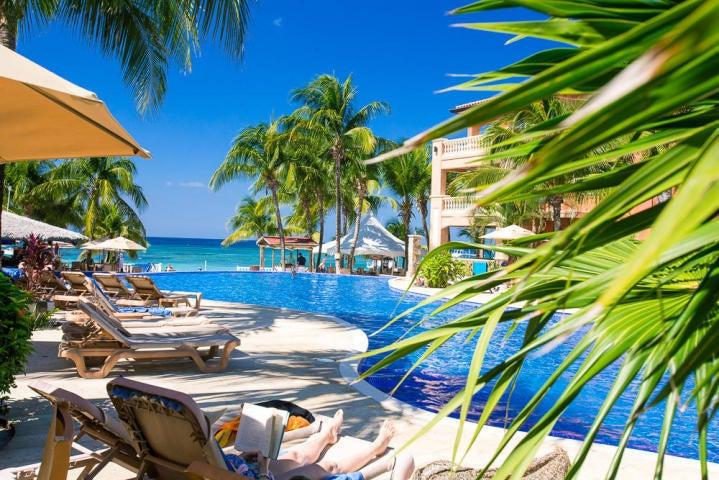 2 Bed 2 Bath West Bay Beach!!, Infinity Bay Condo #1505, Roatan,