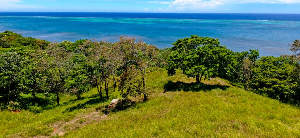 unobstructed turquoise views, Building site with, Roatan,