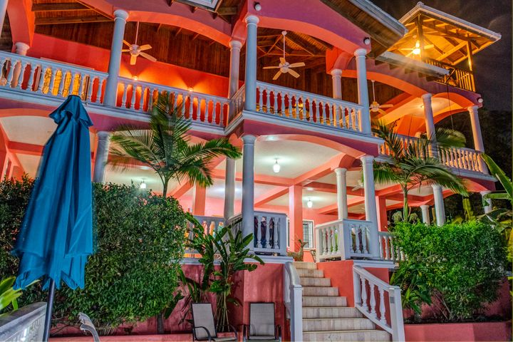 Seaside Inn at West Bay Beach, Roatan,