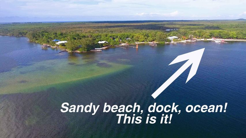 Reef Point Near Utila Cays L17, Sandy Beach Dock Slip Dream, Utila,