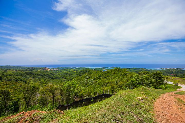 Stunning ocean views from Lot 78A