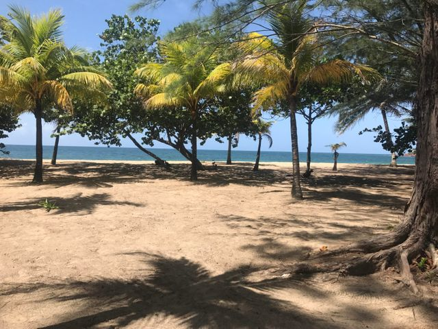 Paya Bay Beach Lots, Roatan,