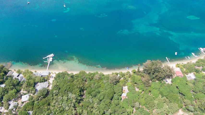 between West End & West Bay, 1.26 Acres Beachfront, Roatan,