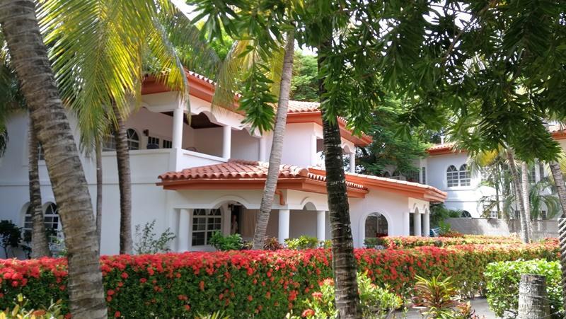 20181012185130011125000000-o West Bay Beach, Condo # 126, Mayan Princess, Roatan, (MLS# 18-605)