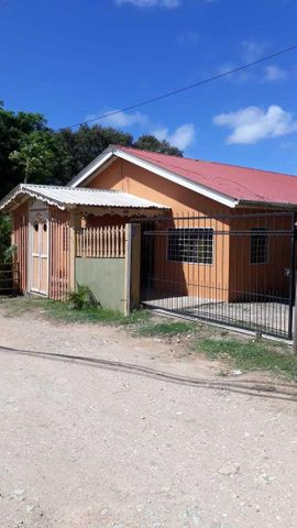 Brass Hill, Casa Stevens 3 Bed 2 Bath, Roatan,