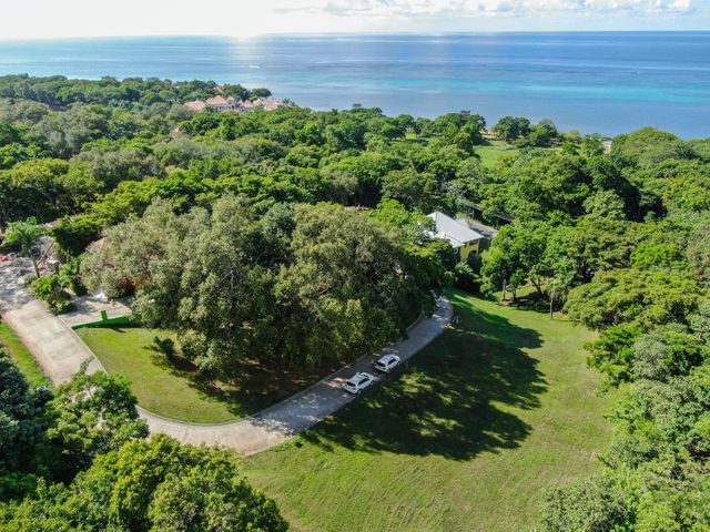 Lawson Rock, Lot 88, Roatan,