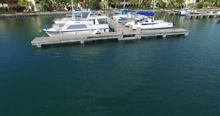 Boat Slip B-15, Parrot Tree Marina, Roatan,